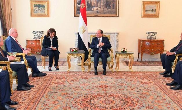 السيسي لألمانيا: مصر تدعم استقرار ليبيا
