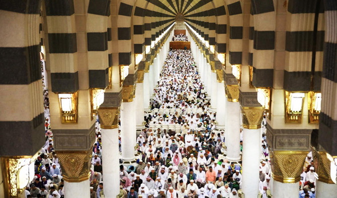 المعتمرين القطريين