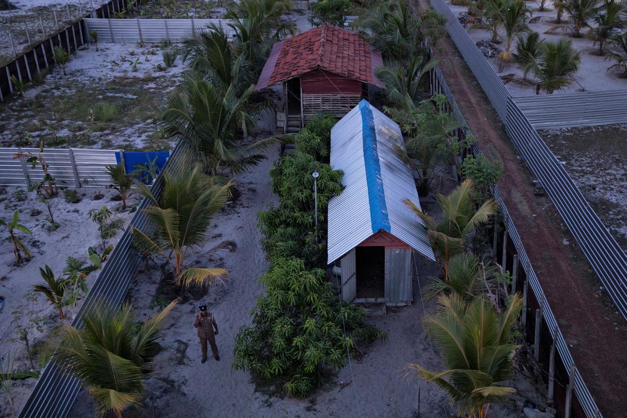 شرطة سريلانكا تكتشف معسكر تدريب مشتبه به للمتشددين الإسلاميين