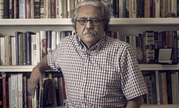 وفاة الصحفي المصري البارز